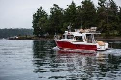 2018- Ranger Tugs- R-29 CB
