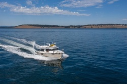2020 - Ranger Tugs - R-41 S