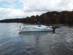 2018 - Razor Boats - 258 PF XL