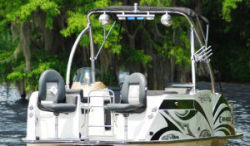 2018 - Razor Boats a- 236 FSP XL