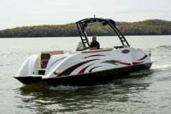 2018 - Razor Boats - 247 UR LTD