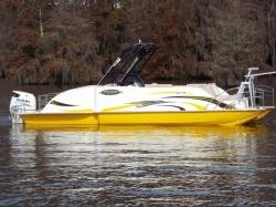 2020 - Razor Boats - 247 UU LTD