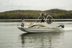 2020 - Razor Boats - 238 FL LTD