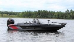 2020 - Recon Boats - 895 DCX