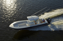 2013 - Regulator Boats - 34SS Center Console