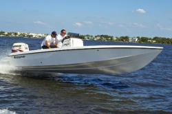 2015 - Renegade Boats - 22 Nomad