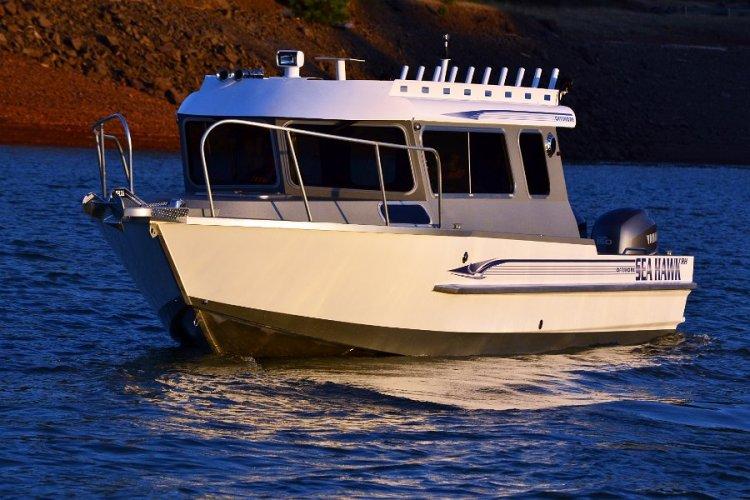 l_2014boats-newseahawkoffshorebyrhboatsoregon1