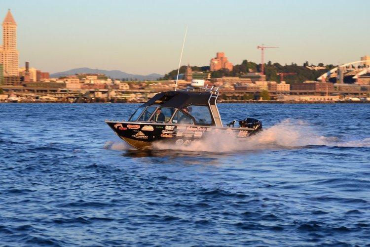 l_2014newboats-riverhawksgbseries