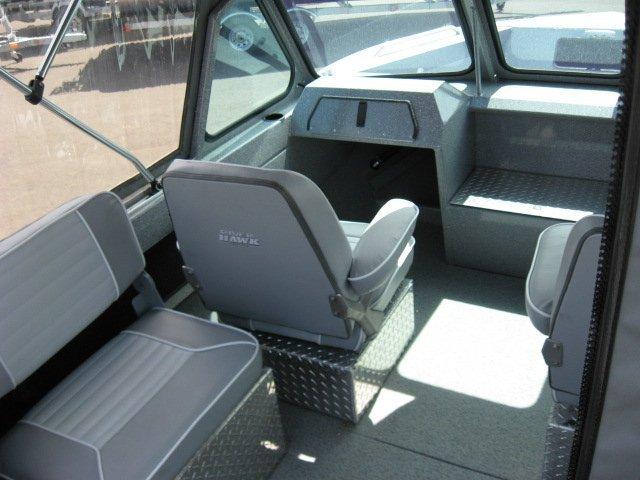 l_interiordetailsoflhdrifterbyriverhawkboats1
