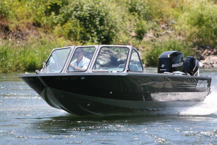 l_mutli-speciesriverhawkaluminumboat1