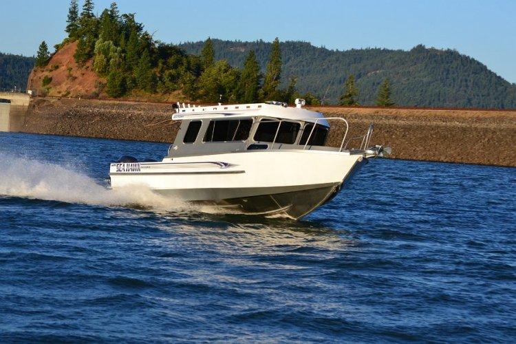 l_outboardmotorsreachingover50mph-offshoreboating1