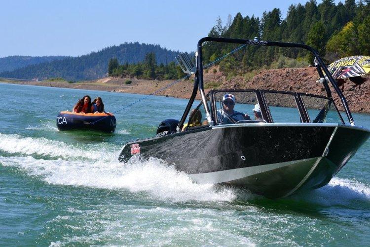 l_riverhawktheoneboatforfamilyfishingandfun-iboats