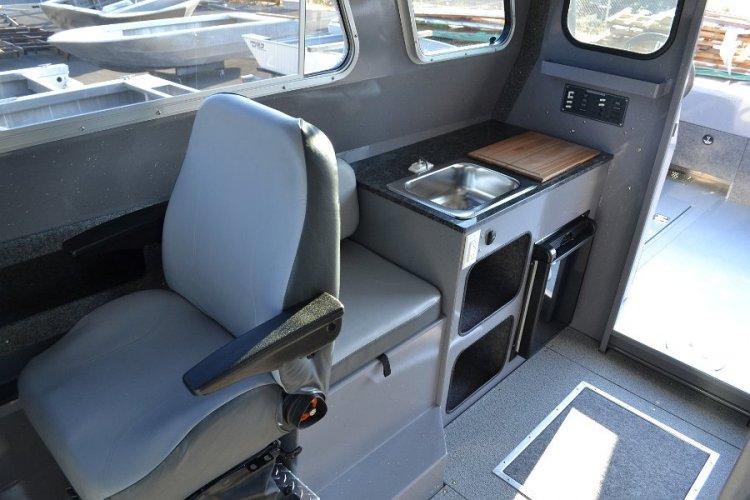l_smallgalleyinrearofpilothouseboat-riverhawkboatsor1