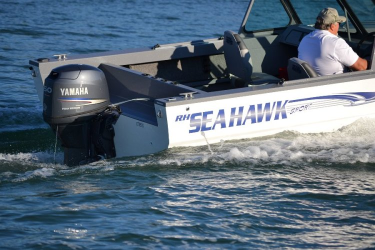 l_yamahaoutboardengineavailablewithseahawkboats4