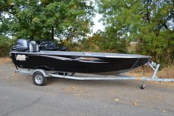 2014 - River Hawk Boats - Tailout 20