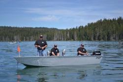 2015 - River Hawk Boats - Pro V 16