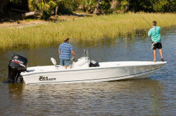 2010 - Sea Chaser Boats - 220 BR