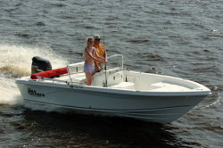 2012 - Sea Chaser Boats - 210 LX
