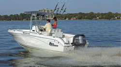 Sea Chaser Boats - 2100 CC