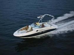 Sea Ray Boats - 240 Sundeck