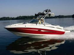 2010 - Sea Ray Boats - 220 Sundeck