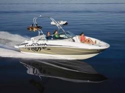 2010 - Sea Ray Boats - 230 Sundeck