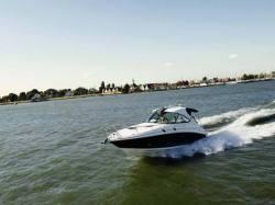 2011 - Sea Ray Boats - 305 Sundancer