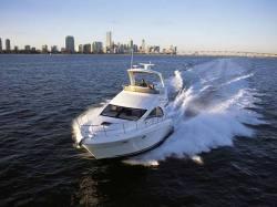 2011 - Sea Ray Boats - 390 Sedan Bridge