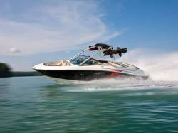 2012 - Sea Ray Boats - 230 SLX