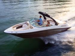 2012 - Sea Ray Boats - 240 Sundeck