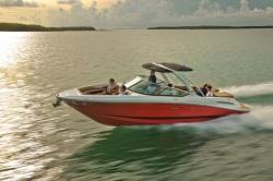 2015 - Sea Ray Boats - 270 SLX
