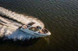 2015 - Sea Ray Boats - 350 SLX