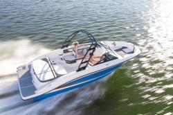 2015 - Sea Ray Boats - 21 SPX