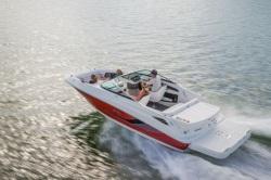 2015 - Sea Ray Boats - 220 Sundeck