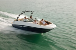 2015 - Sea Ray Boats - 240 Sundeck