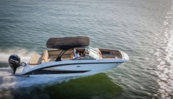 2015 - Sea Ray Boats - 270 Sundeck Outboard