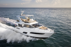 2017 - Sea Ray Boats - Fly 460