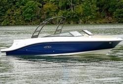 2018 - Sea Ray Boats - SPX 230