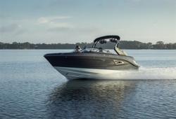 2019 - Sea Ray Boats - SLX-W 230