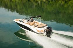 2020 - Sea Ray Boats - SPX 210 OB