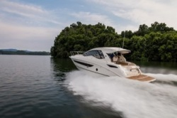 2021 - Sea Ray Boats - Sundancer 350 Coupe