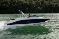 2021 - Sea Ray Boats - SPX 210
