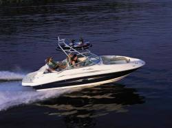 Sea Ray Boats 220 Sundeck Bowrider Boat