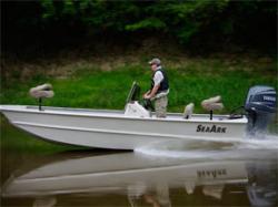 2011 - Seaark Boats - 2472MVJT