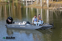2017 - Seaark Boats - CRX 190