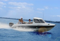 2017 - Silver Marine Boats - Piscator  FRP 580