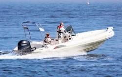 2018 - Silver Marine Boats - Phoenix 660