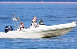 2019 - Silver Marine Boats - Phoenix 660