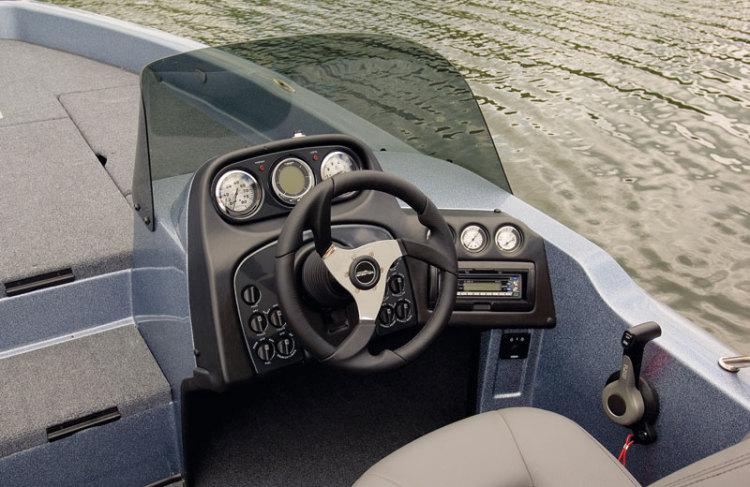 l_wx1880-cockpit