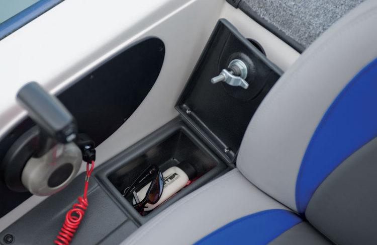 l_drivers-glove-box1